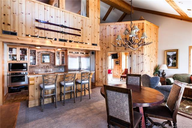 2550 Deer Valley Dr E #401, Park City, UT 84060 (MLS #11901406) :: High Country Properties