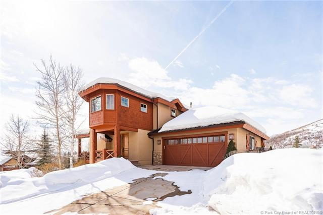 1075 N Turnberry Court, Midway, UT 84049 (MLS #11901484) :: The Lange Group