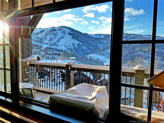 8894 Empire Club Drive #305, Park City, UT 84060 (MLS #11902133) :: High Country Properties