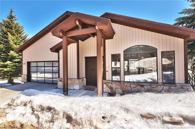 4215 South Ridge Court, Park City, UT 84098 (MLS #11903328) :: High Country Properties