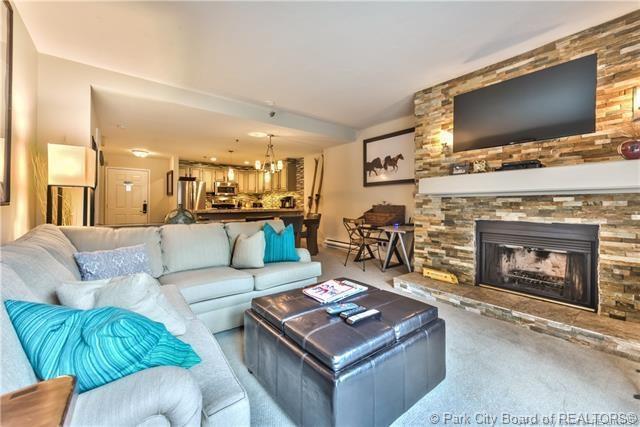 1401 Woodside Avenue #207, Park City, UT 84060 (MLS #11903498) :: High Country Properties