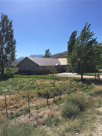 295 W 100 South, Midway, UT 84049 (MLS #11903566) :: The Lange Group