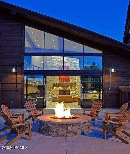2235 Sidewinder Drive #423, Park City, UT 84060 (MLS #12000983) :: Lookout Real Estate Group