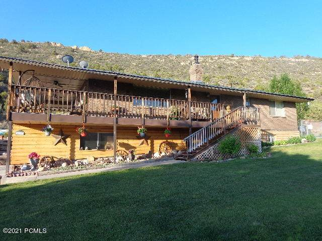 6407 N Dry Fork Canyon Rd, Vernal, UT 84078 (MLS #12102875) :: Lookout Real Estate Group