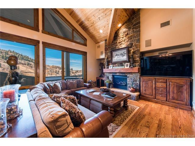 2280 E Deer Valley Drive #241, Park City, UT 84060 (MLS #11704437) :: High Country Properties