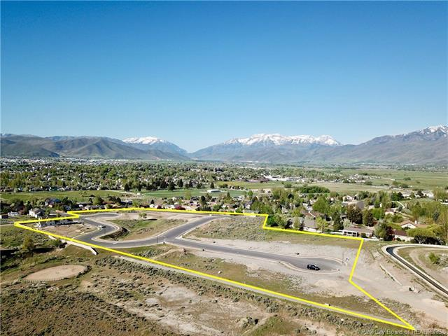 1235 N Valley Heights Circle, Heber City, UT 84032 (MLS #11802869) :: The Lange Group