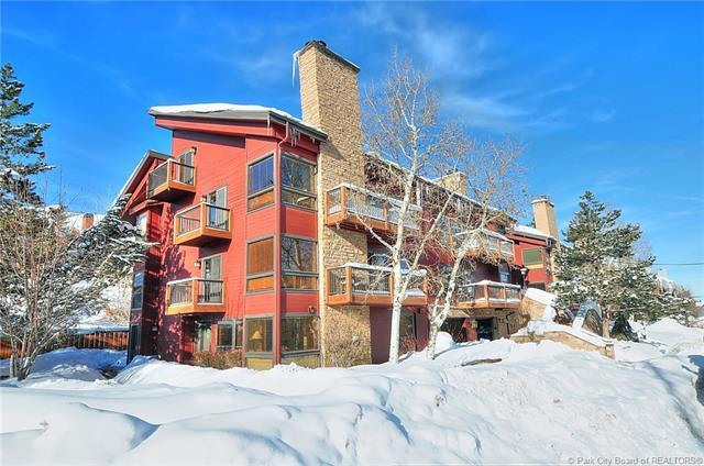 1375 Woodside Avenue #301, Park City, UT 84060 (MLS #11900306) :: High Country Properties