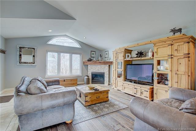 2498 Lower Lando Lane, Park City, UT 84098 (MLS #11903260) :: High Country Properties
