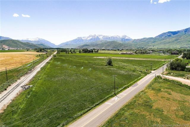 1409 W 1200 South, Heber City, UT 84032 (MLS #11800173) :: The Lange Group