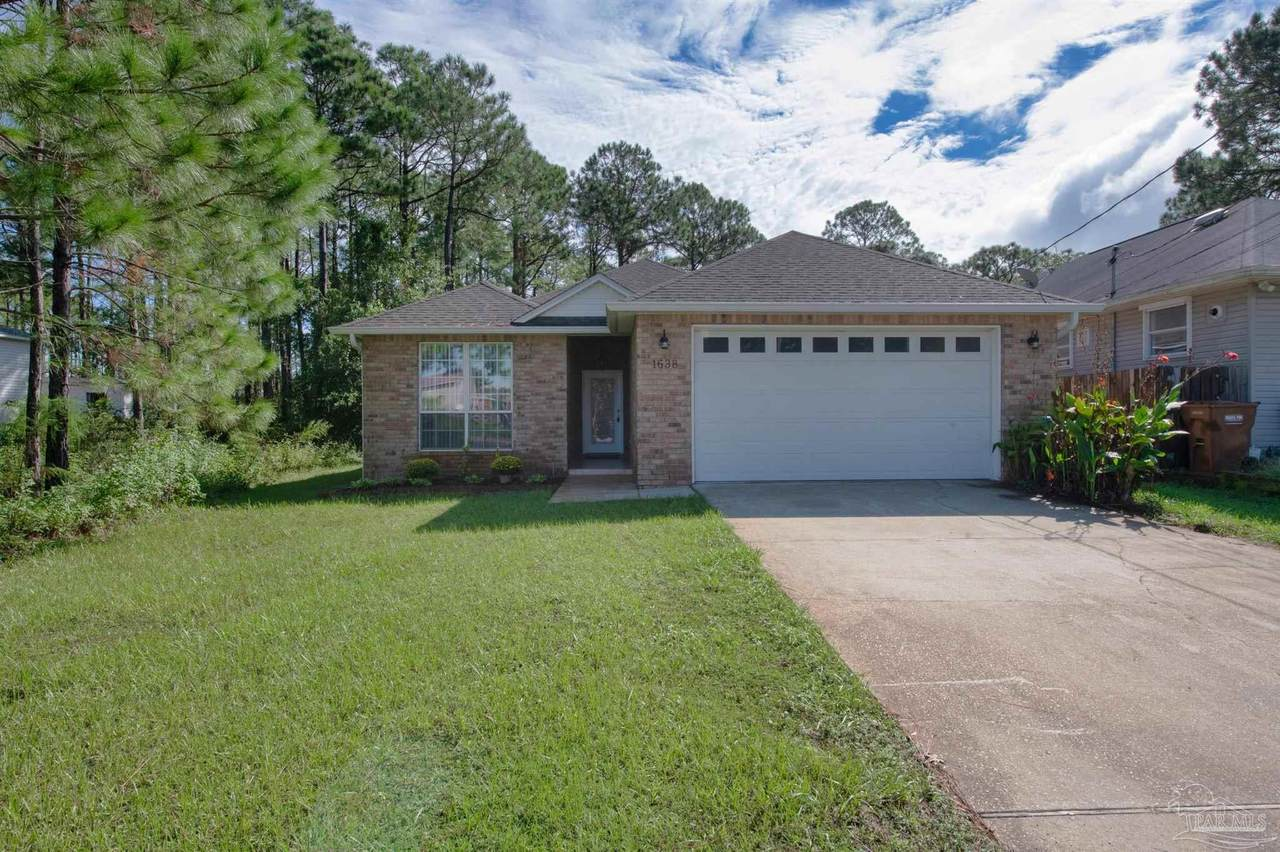 1638 Stanford Rd - Photo 1