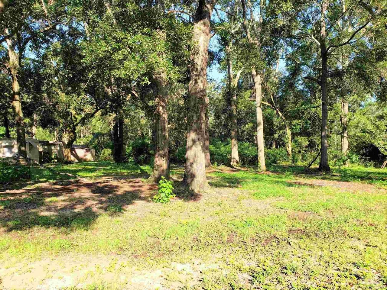 9651 Huckleberry Ln - Photo 1