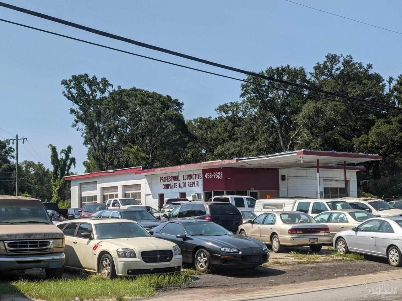 4401 Jackson St - Photo 1