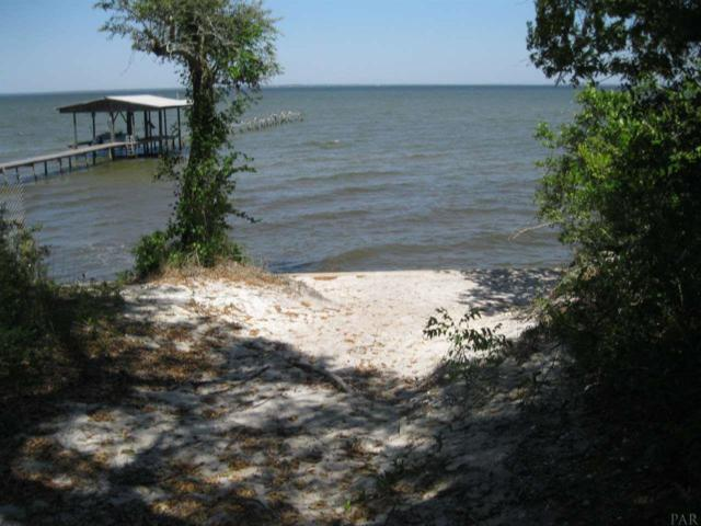 4466 Hickory Shores Blvd, Gulf Breeze, FL 32563 (MLS #522882) :: Levin Rinke Realty