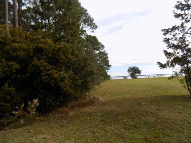 2132 Copelare Dr, Milton, FL 32570 (MLS #527183) :: ResortQuest Real Estate