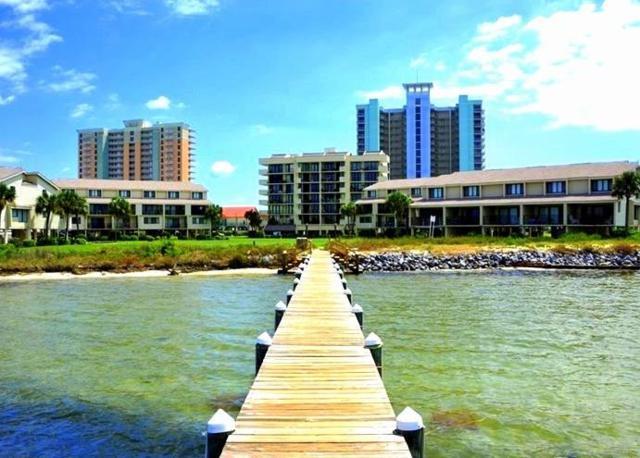 813 Ft Pickens Rd, Pensacola Beach, FL 32561 (MLS #534976) :: Levin Rinke Realty