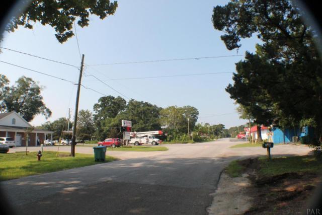225 S Brett St, Crestview, FL 32539 (MLS #541954) :: Levin Rinke Realty