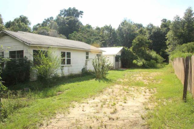 4367 Woodville Rd, Milton, FL 32583 (MLS #542763) :: ResortQuest Real Estate