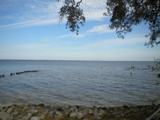 6194 East Bay Blvd, Gulf Breeze, FL 32563 (MLS #544206) :: Levin Rinke Realty