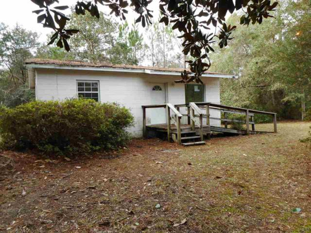 4179 Garcon Point Rd, Milton, FL 32583 (MLS #546482) :: ResortQuest Real Estate