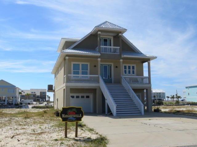7402 Grand Navarre Blvd, Navarre Beach, FL 32566 (MLS #547243) :: Levin Rinke Realty