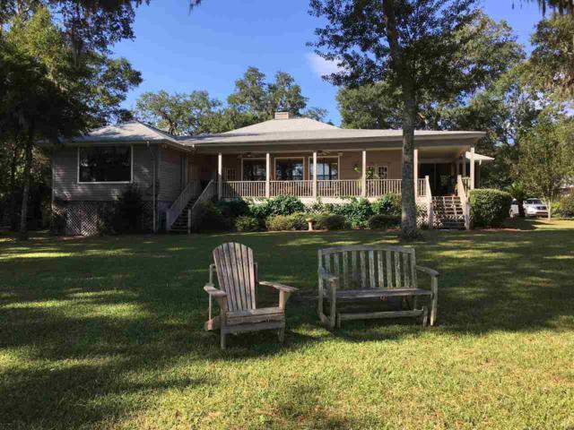 7598 Old Bay Pointe Rd, Milton, FL 32583 (MLS #548939) :: Levin Rinke Realty