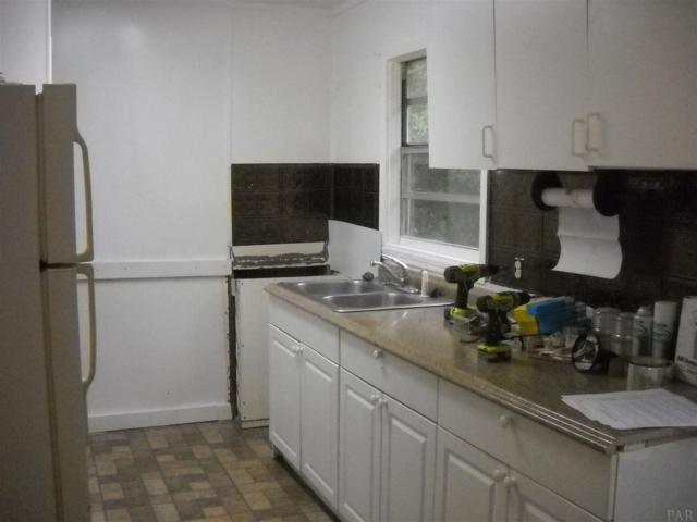6452 Gaynell Ave, Milton, FL 32570 (MLS #549125) :: Levin Rinke Realty
