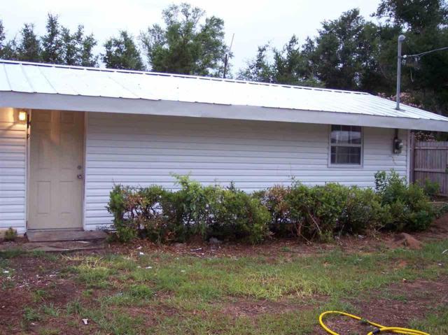 6425 Lynnwood Cir, Milton, FL 32570 (MLS #549210) :: Levin Rinke Realty