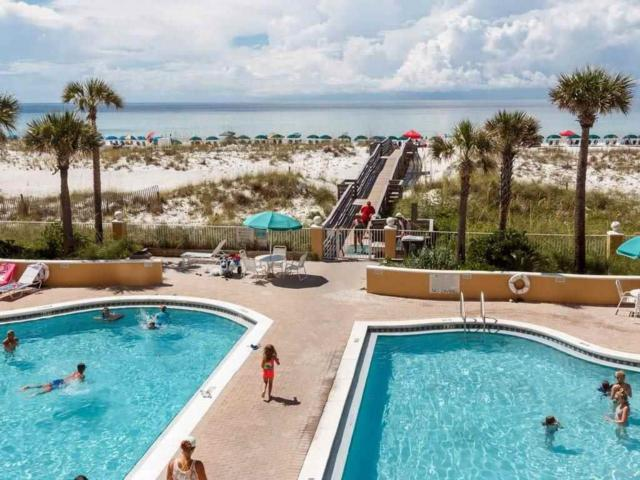 22 Via Deluna Dr #105, Pensacola Beach, FL 32561 (MLS #553037) :: ResortQuest Real Estate