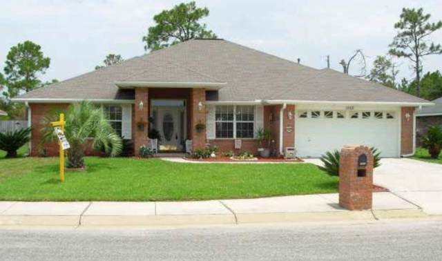 1662 Beachside Dr, Pensacola, FL 32507 (MLS #561044) :: Jessica Duncan Team