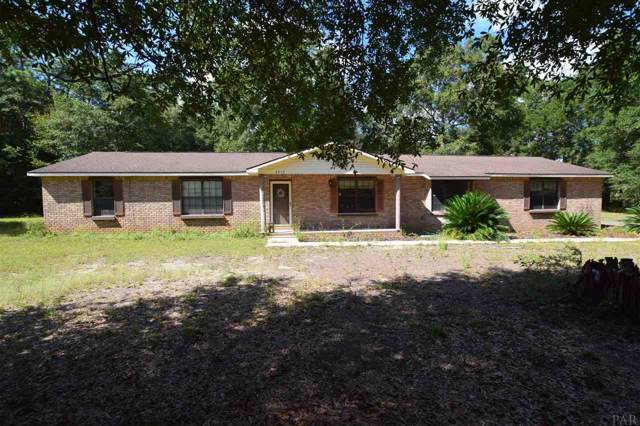 5717 Redwood Dr, Milton, FL 32583 (MLS #562250) :: Berkshire Hathaway HomeServices PenFed Realty