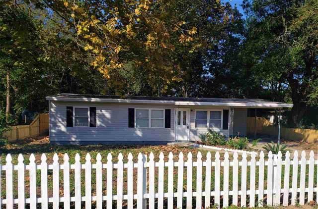 6137 Patricia Ave, Milton, FL 32570 (MLS #563269) :: Levin Rinke Realty