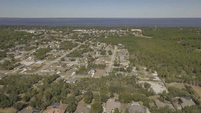 1335 Evelia Ln, Gulf Breeze, FL 32563 (MLS #567535) :: Levin Rinke Realty