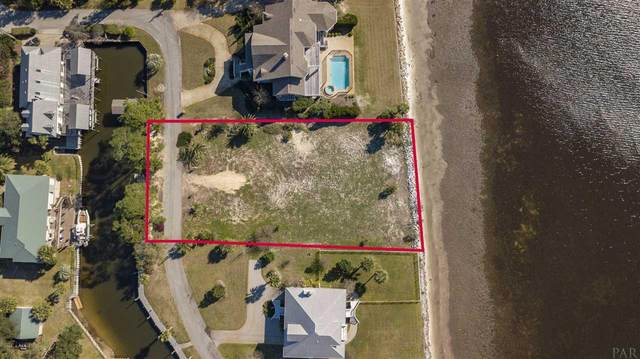 2711 Del Mar Dr, Gulf Breeze, FL 32563 (MLS #569030) :: Coldwell Banker Coastal Realty