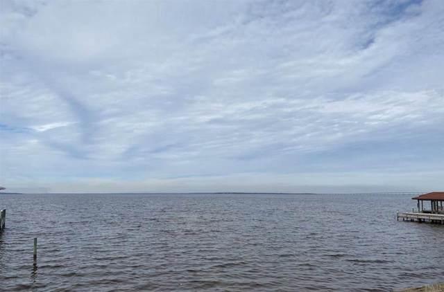 7 Grand Reserve Ct, Gulf Breeze, FL 32563 (MLS #573124) :: Levin Rinke Realty