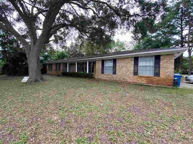 204 Bear Dr, Gulf Breeze, FL 32561 (MLS #574207) :: Connell & Company Realty, Inc.