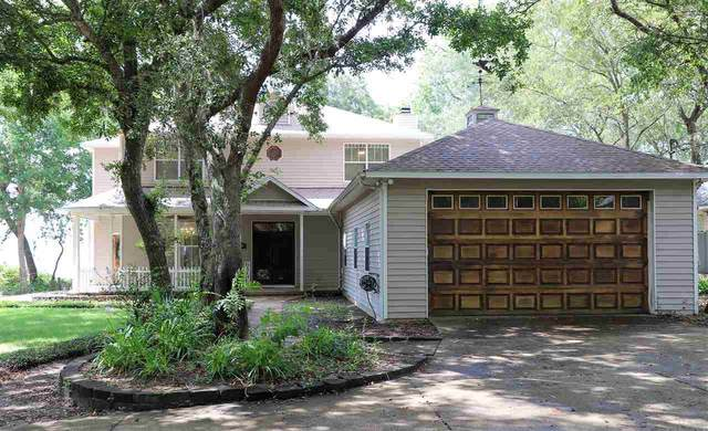 2320 W Bayshore Rd, Gulf Breeze, FL 32563 (MLS #575064) :: Connell & Company Realty, Inc.