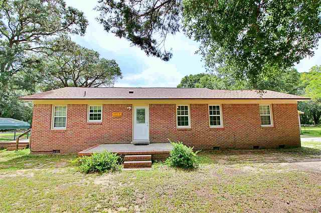 5919 Mitchell Ln, Pensacola, FL 32526 (MLS #575236) :: ResortQuest Real Estate