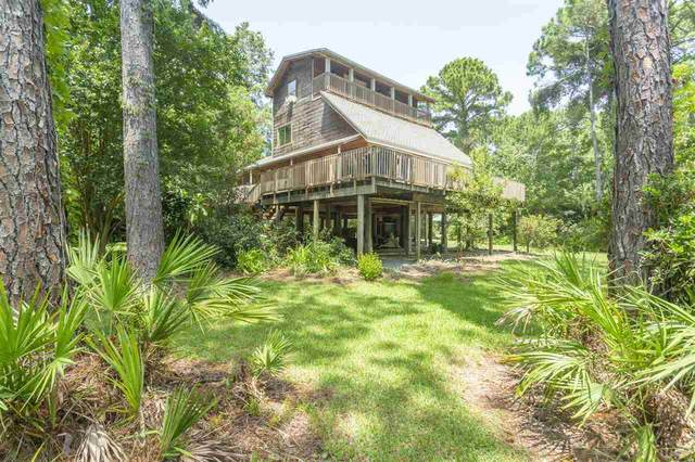1559 Fuller Dr, Gulf Breeze, FL 32563 (MLS #576459) :: Connell & Company Realty, Inc.