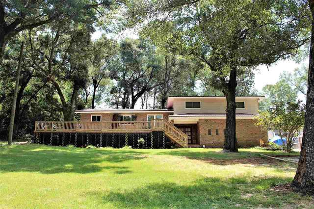 7601 Lakeside Dr, Milton, FL 32583 (MLS #576723) :: Vacasa Real Estate
