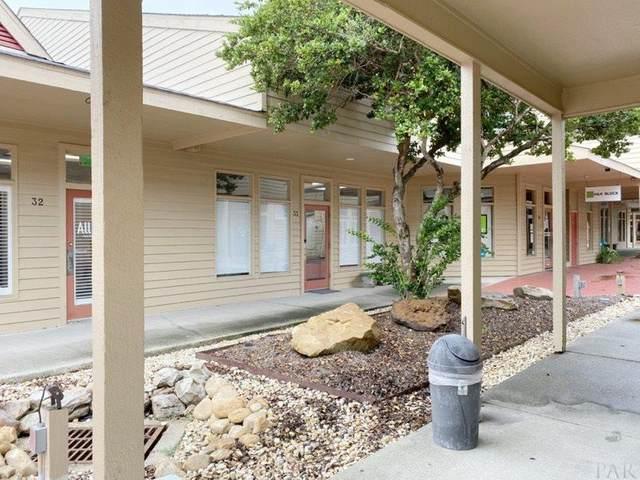 913 Gulf Breeze Pkwy, Gulf Breeze, FL 32561 (MLS #577769) :: Levin Rinke Realty