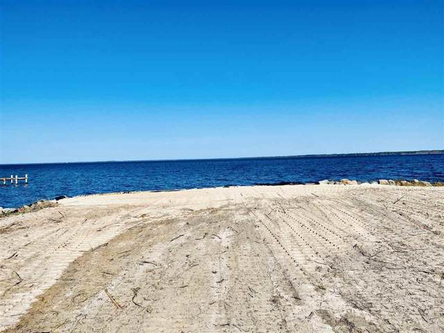 6618 East Bay Blvd, Gulf Breeze, FL 32563 (MLS #579926) :: Levin Rinke Realty