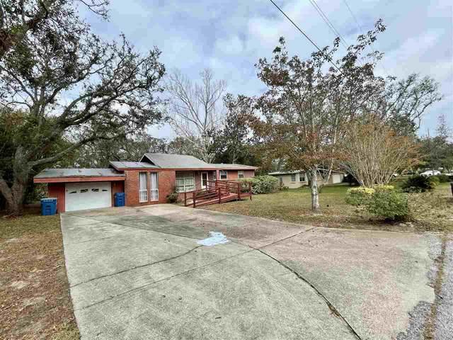422 Warwick St, Gulf Breeze, FL 32561 (MLS #582296) :: Coldwell Banker Coastal Realty