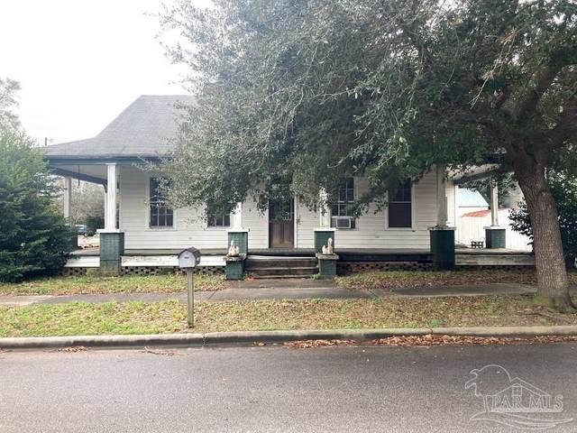 6813 Oak St, Milton, FL 32570 (MLS #584983) :: Crye-Leike Gulf Coast Real Estate & Vacation Rentals