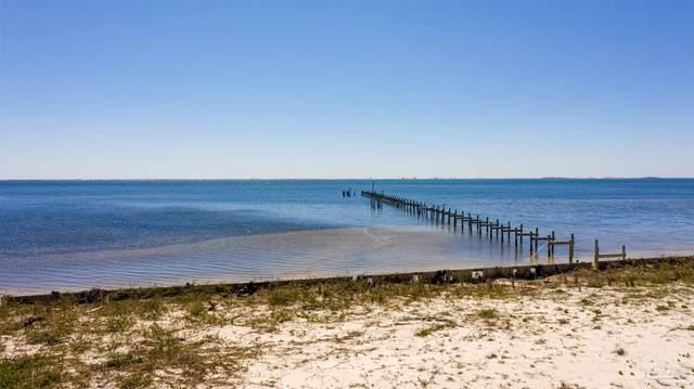 1604 Smugglers Cove Cir, Gulf Breeze, FL 32563 (MLS #585767) :: Crye-Leike Gulf Coast Real Estate & Vacation Rentals