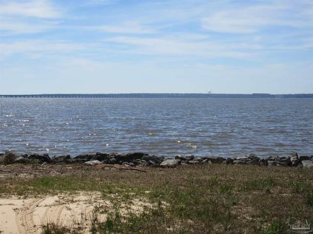 4783 Bayside Dr, Milton, FL 32583 (MLS #586314) :: Levin Rinke Realty