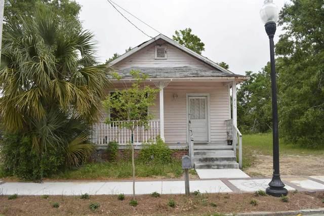 215 N Devillers St, Pensacola, FL 32502 (MLS #589081) :: Levin Rinke Realty