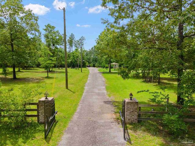 2305 Wallace Lake Rd, Pace, FL 32571 (MLS #589242) :: Levin Rinke Realty