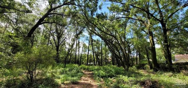 8632 Eight Mile Creek Rd, Pensacola, FL 32526 (MLS #593487) :: Coldwell Banker Coastal Realty
