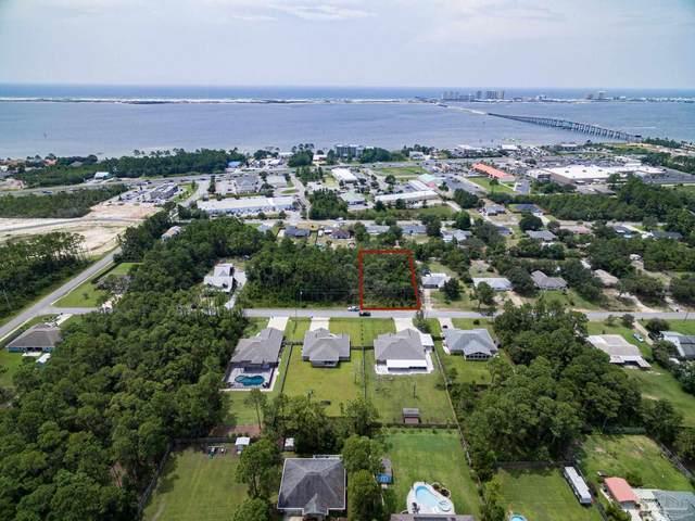 8741 Estrada St, Navarre, FL 32566 (MLS #594218) :: Connell & Company Realty, Inc.