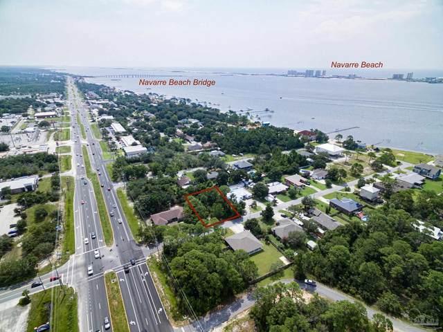 1802 Thresher Dr, Navarre, FL 32566 (MLS #594245) :: Coldwell Banker Coastal Realty